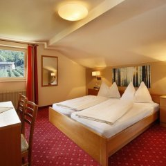 Hotel Sigmundskron Аппиано-сулла-Страда-дель-Вино удобства в номере