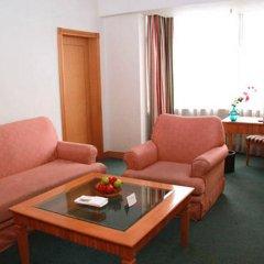 Rosedale Hotel and Suites Guangzhou комната для гостей фото 4