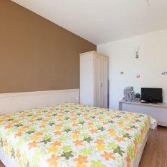 Апартаменты Quiet One Bedroom Apartment with Balcony комната для гостей фото 3