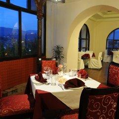 Отель Grand Hotel Kathmandu Непал, Катманду - отзывы, цены и фото номеров - забронировать отель Grand Hotel Kathmandu онлайн питание фото 3