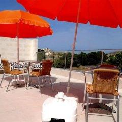 Отель Anna Karistu Accommodation Мальта, Керчем - отзывы, цены и фото номеров - забронировать отель Anna Karistu Accommodation онлайн бассейн