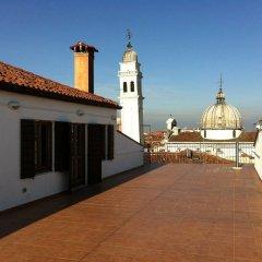 Отель Bed And Venice Венеция балкон