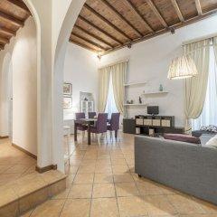 Отель Pantheon Charming Apartment Италия, Рим - отзывы, цены и фото номеров - забронировать отель Pantheon Charming Apartment онлайн интерьер отеля