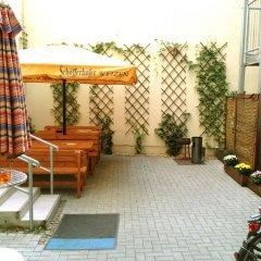 Отель Sleepy Lion Hostel, Youth Hotel & Apartments Leipzig Германия, Лейпциг - отзывы, цены и фото номеров - забронировать отель Sleepy Lion Hostel, Youth Hotel & Apartments Leipzig онлайн бассейн