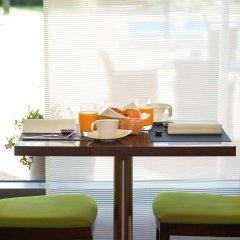 Отель Novotel Poznan Malta Польша, Познань - 4 отзыва об отеле, цены и фото номеров - забронировать отель Novotel Poznan Malta онлайн удобства в номере фото 2