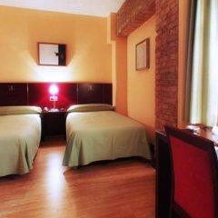 Отель Carlos V комната для гостей