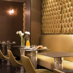 Albert's Hotel гостиничный бар