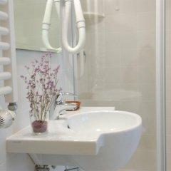 Отель Santa Margherita Guest House Италия, Венеция - отзывы, цены и фото номеров - забронировать отель Santa Margherita Guest House онлайн ванная