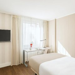 Отель NH Collection Berlin Mitte Am Checkpoint Charlie 4* Стандартный номер с разными типами кроватей фото 49