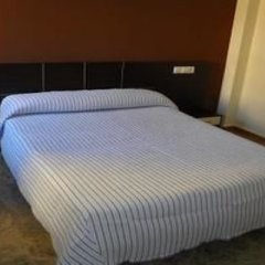 Отель Hostal Frasca by Vivere Stays Испания, Сьюдад-Реаль - отзывы, цены и фото номеров - забронировать отель Hostal Frasca by Vivere Stays онлайн комната для гостей фото 2