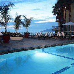 Отель The Cliffs Resort бассейн