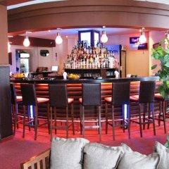 Отель Chateau Hotel Болгария, Банско - отзывы, цены и фото номеров - забронировать отель Chateau Hotel онлайн гостиничный бар