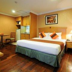 Отель Admiral Suites Sukhumvit 22 By Compass Hospitality Бангкок сейф в номере