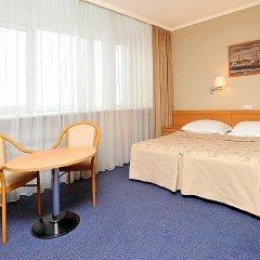 Гостиница Москва 4* Стандартный номер с 2 отдельными кроватями фото 3