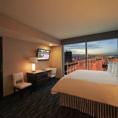 Отель Elara by Hilton Grand Vacations - Center Strip США, Лас-Вегас - 8 отзывов об отеле, цены и фото номеров - забронировать отель Elara by Hilton Grand Vacations - Center Strip онлайн комната для гостей фото 4
