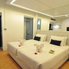 Forty Winks Phuket Hotel Патонг комната для гостей