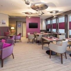 Sheraton Duesseldorf Airport Hotel гостиничный бар
