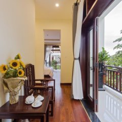 Отель Green Hill Villa Хойан балкон