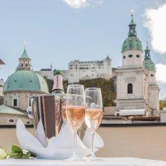 Отель Small Luxury Hotel Goldgasse Австрия, Зальцбург - отзывы, цены и фото номеров - забронировать отель Small Luxury Hotel Goldgasse онлайн балкон