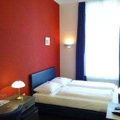 Отель Pension Excellence Вена комната для гостей фото 3