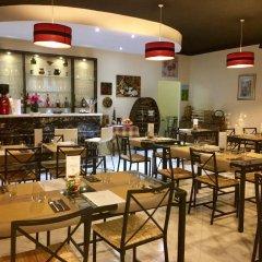 Отель For Rest Aparthotel Буджибба гостиничный бар