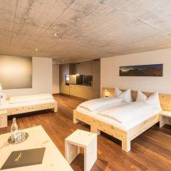 Отель Laagers Hotel Garni Швейцария, Самедан - отзывы, цены и фото номеров - забронировать отель Laagers Hotel Garni онлайн комната для гостей фото 2