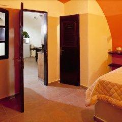 Отель Lava Suites and Lounge комната для гостей