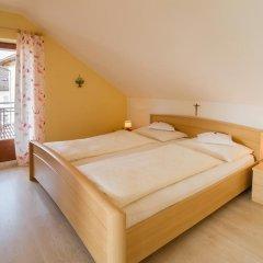 Отель Garni Gartenheim Кальдаро-сулла-Страда-дель-Вино комната для гостей фото 3