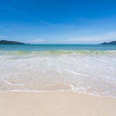 Отель Sunrise Guesthouse Таиланд, Бухта Чалонг - отзывы, цены и фото номеров - забронировать отель Sunrise Guesthouse онлайн пляж