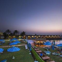 Отель Dubai Marine Beach Resort & Spa ОАЭ, Дубай - 12 отзывов об отеле, цены и фото номеров - забронировать отель Dubai Marine Beach Resort & Spa онлайн бассейн фото 2