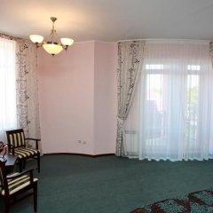 Гостиница Бристоль в Ейске отзывы, цены и фото номеров - забронировать гостиницу Бристоль онлайн Ейск комната для гостей фото 2