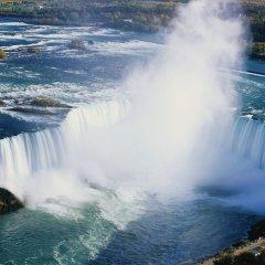 Отель Holiday Inn Express & Suites Niagara Falls США, Ниагара-Фолс - отзывы, цены и фото номеров - забронировать отель Holiday Inn Express & Suites Niagara Falls онлайн приотельная территория