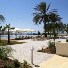 Royal Blue Hotel Paphos пляж фото 2