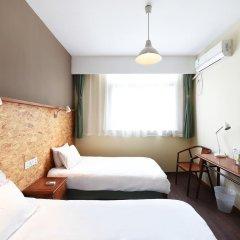 Отель Shanghai Nanjing Road Youth Hostel Китай, Шанхай - отзывы, цены и фото номеров - забронировать отель Shanghai Nanjing Road Youth Hostel онлайн комната для гостей фото 3