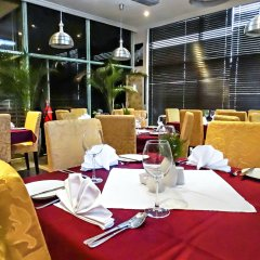 Отель Swiss International Mabisel Port Harcourt Нигерия, Порт-Харкорт - отзывы, цены и фото номеров - забронировать отель Swiss International Mabisel Port Harcourt онлайн питание фото 2
