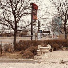 Отель Ramada Plaza by Wyndham Gatineau/Manoir du Casino Канада, Гатино - отзывы, цены и фото номеров - забронировать отель Ramada Plaza by Wyndham Gatineau/Manoir du Casino онлайн приотельная территория