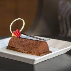 Отель Sheraton Grand Hotel, Dubai ОАЭ, Дубай - 1 отзыв об отеле, цены и фото номеров - забронировать отель Sheraton Grand Hotel, Dubai онлайн удобства в номере