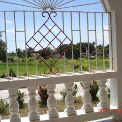 Отель Treasure Bay Guesthouse Треже-Бич балкон