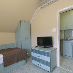 Отель Irini Panzio в номере