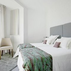 Отель The Best Location!!. 8pax. 3BD & 2bth. Reina Sofia II Испания, Мадрид - отзывы, цены и фото номеров - забронировать отель The Best Location!!. 8pax. 3BD & 2bth. Reina Sofia II онлайн комната для гостей фото 2