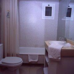 Отель Fenals Garden ванная