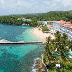 Отель Couples Tower Isle All Inclusive пляж фото 2