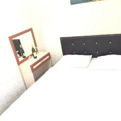 New Backpackers Hostel сейф в номере