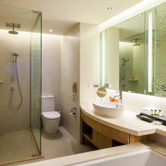 Отель Amari Watergate Bangkok Таиланд, Бангкок - 2 отзыва об отеле, цены и фото номеров - забронировать отель Amari Watergate Bangkok онлайн ванная