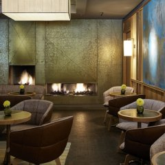 Louis Hotel гостиничный бар