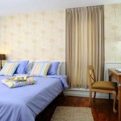 Отель Sabai Sathorn Serviced Apartment Таиланд, Бангкок - отзывы, цены и фото номеров - забронировать отель Sabai Sathorn Serviced Apartment онлайн комната для гостей фото 5
