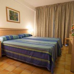 Отель El Puerto Ibiza Hotel & Spa Испания, Ивиса - 3 отзыва об отеле, цены и фото номеров - забронировать отель El Puerto Ibiza Hotel & Spa онлайн комната для гостей фото 5