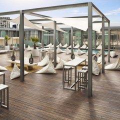Отель The Level At Melia Barcelona Sky с домашними животными