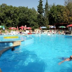 Hotel Preslav All Inclusive бассейн