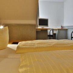 Отель Avenue Германия, Нюрнберг - 5 отзывов об отеле, цены и фото номеров - забронировать отель Avenue онлайн сейф в номере